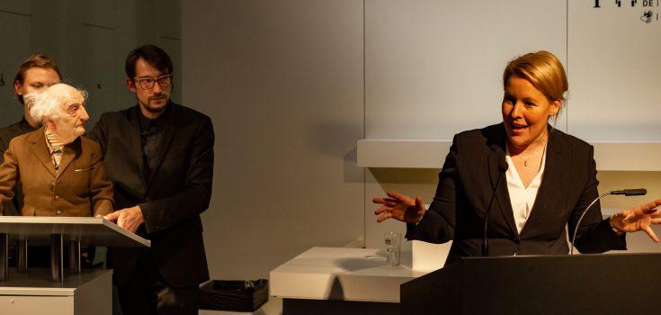 """Ministerin Franziska Giffey eröffnet """"Aufstand der Geschichten"""" imStaatlichen Museum für Archäologie Chemnitz (SMAC) Foto © Mark Frost"""
